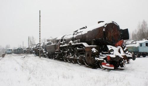 Widok (od prawej) na: Ty43-1, Ty2-1292, Ty42-85