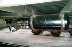 Nowy zbiornik powietrza pod wagonem (foto Piotr Mróz)