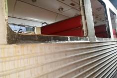 Otwory okienne z nowymi wstawkami (foto Piotr Mróz)