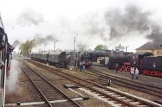 Wyjazd ze stacji Wolsztyn na wysokości Parowozowni (foto Piotr Mróz)