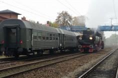 Mijanka wagonów oraz parowozu na stacji Radzionków podczas oblotu (foto Piotr Mróz)