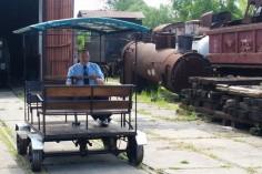 Kierownik pociągu i zaraz będą pierwsi pasażerowie