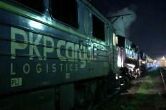 Spinanie się lokomotywy EU07-321 ze składem w stacji Gliwice Łabędy (foto Piotr Mróz)