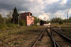 Wjazd Ty42-24 (foto Krzysztof Jakubina)