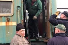 Demontaż futryny drzwiowej (foto Piotr Mróz)