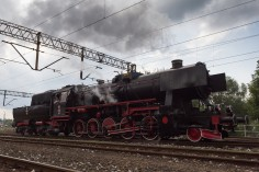 Ty42-24 w stacji Chabówka (foto Piotr Borowiak)